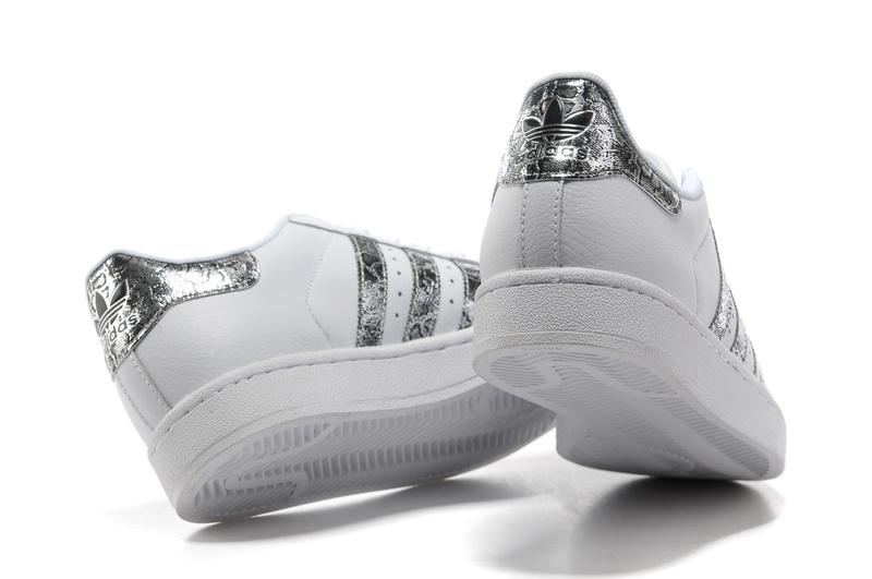 chaussure de basket adidas junior chaussure basketball. Black Bedroom Furniture Sets. Home Design Ideas