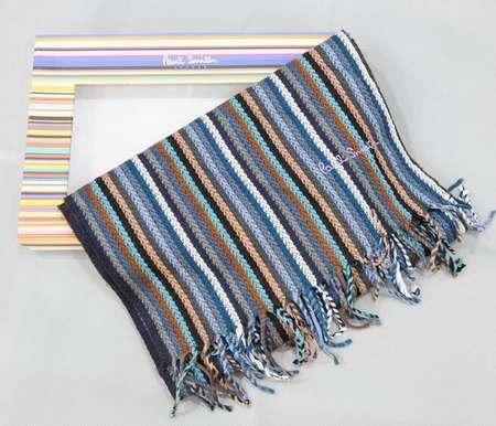 8cd0b7a11c39 foulard soie homme uni,foulard femme ethnique,foulard homme louis vuitton